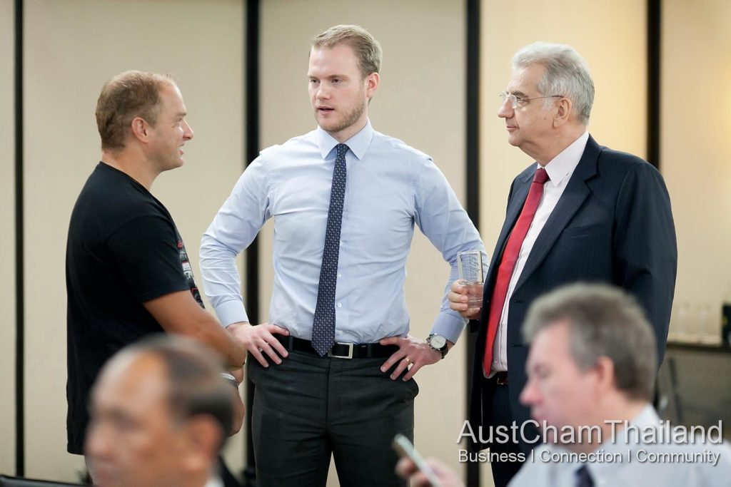 CEO Bernard and Sales Manager Isak talking shop with a guest.